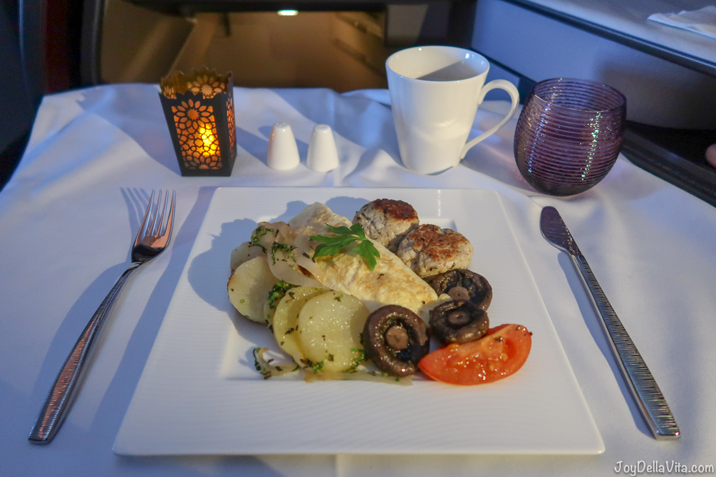 Omelette filled with Cheese for breakfast Qatar Airways Qsuite Business Class