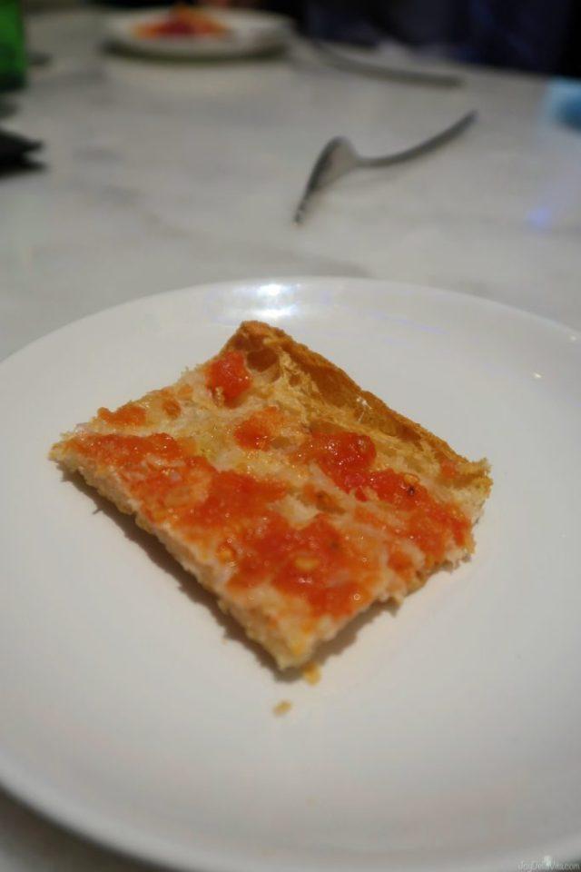 toasted bread with grated tomato Vegetarian Tapas Pinchos KATA4 oyster bar Donostia San Sebastian