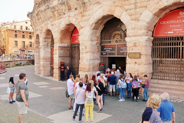 arena di verona ticket office entrance