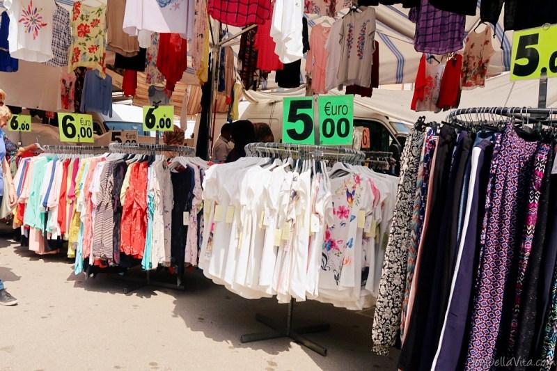 market italy shopping prato della valle padua padova