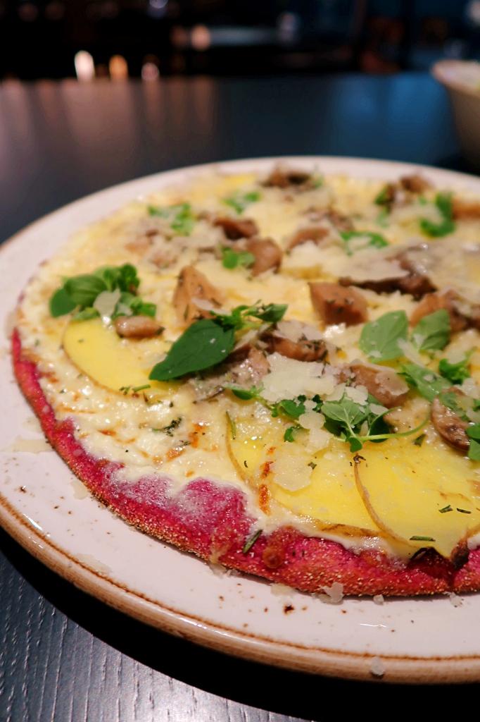 Pink Pizza Hamburg Restaurant Rock Our Kitchen ROK review blog joydellavita