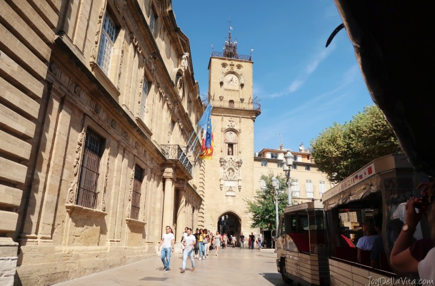 Exploring Aix-en-Provence with the Sightseeing City Train