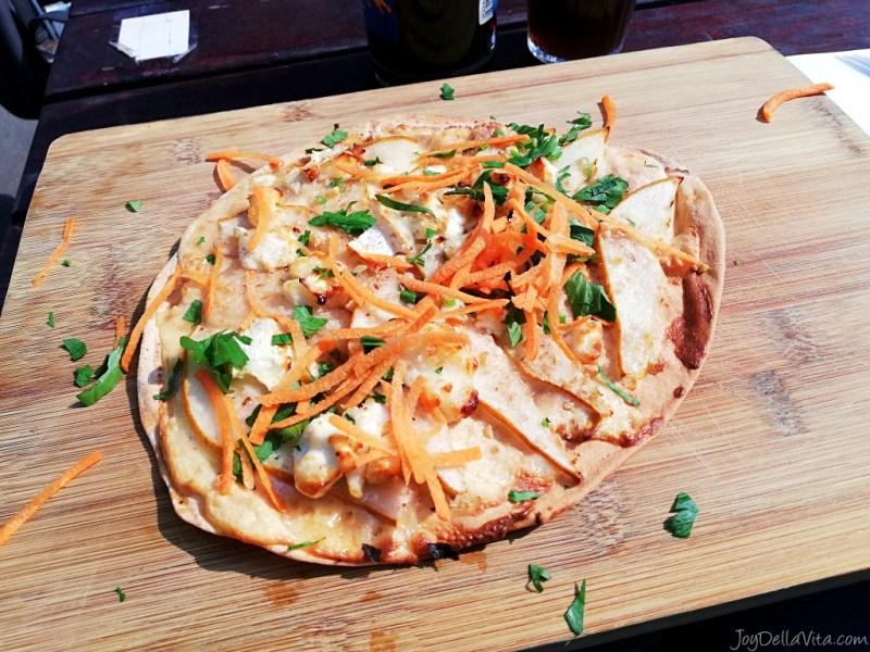 Knusperfladen Oberhafen Kantine Hamburg Lunch