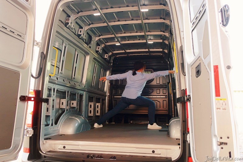 plenty of room to do yoga in the volkswagen e-crafter