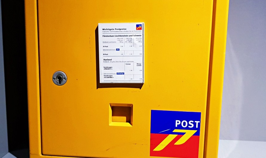 Sending a Postcard from Liechtenstein – prices to send abroad and post offices