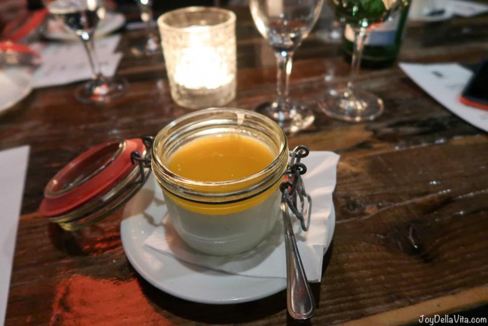 Coconut panna cotta with mango sauce - Dinner Oosten Restaurant Frankfurt Main River
