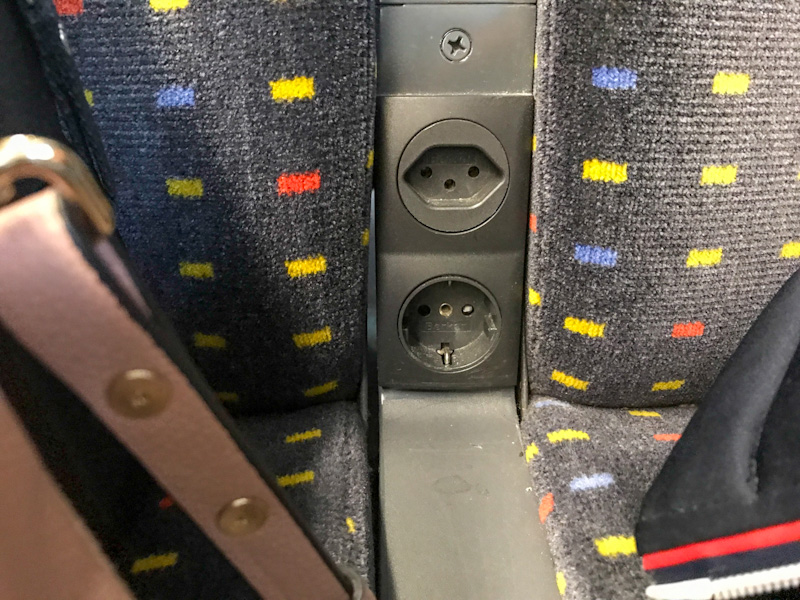 Two power sockets per DUO in the SBB EuroCity Train