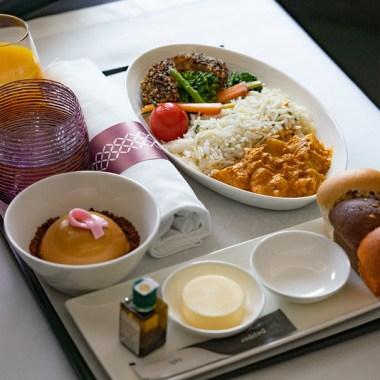 Vegan Qatar Airways on board menu blog joydellavita