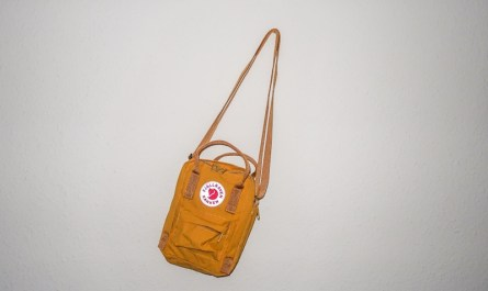 fjallraven kanken sling review ochre brown yellow blog joydellavita
