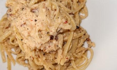 Vegetarian alla Carbonara Pasta fried Onions blog joydellavita