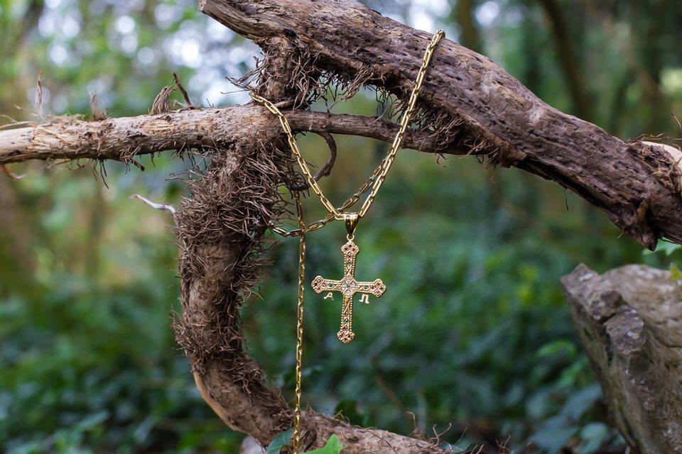cruz de Asturias de oro