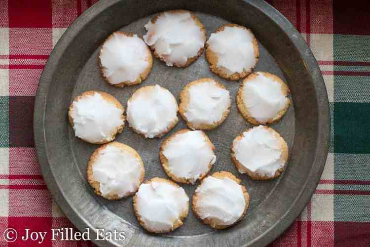 a pie plate with lemon cookies