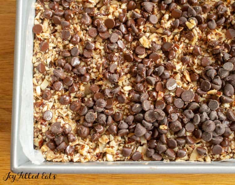 chocolate chips on top of the granola bars recipe