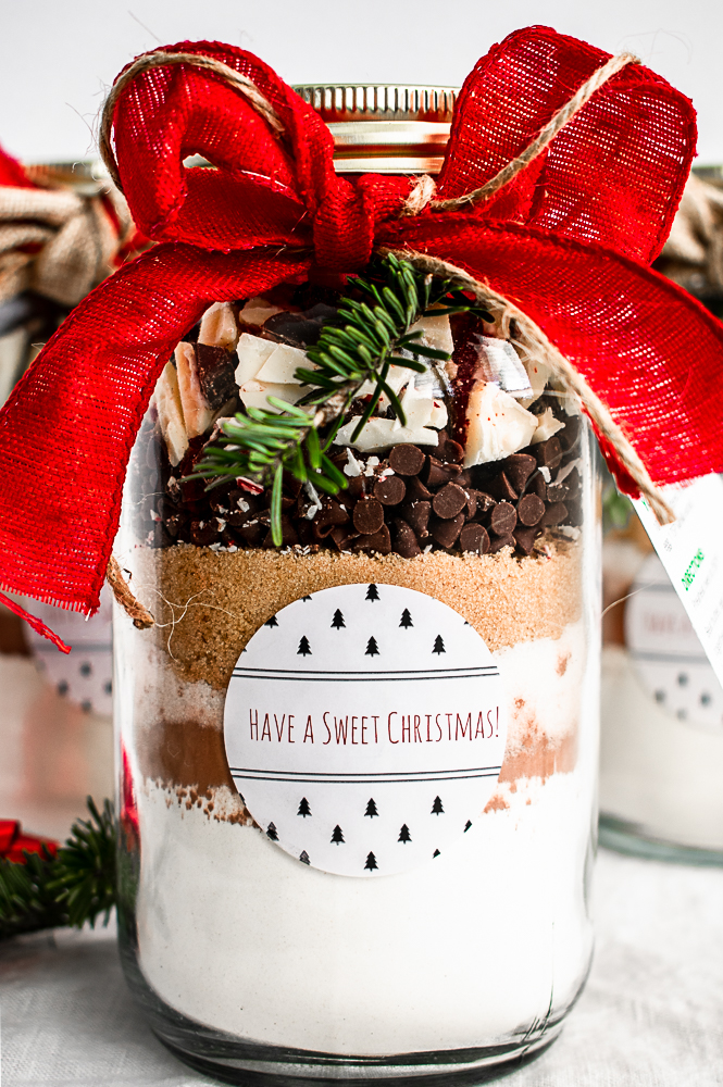 Peppermint Christmas cookie mix in a jar