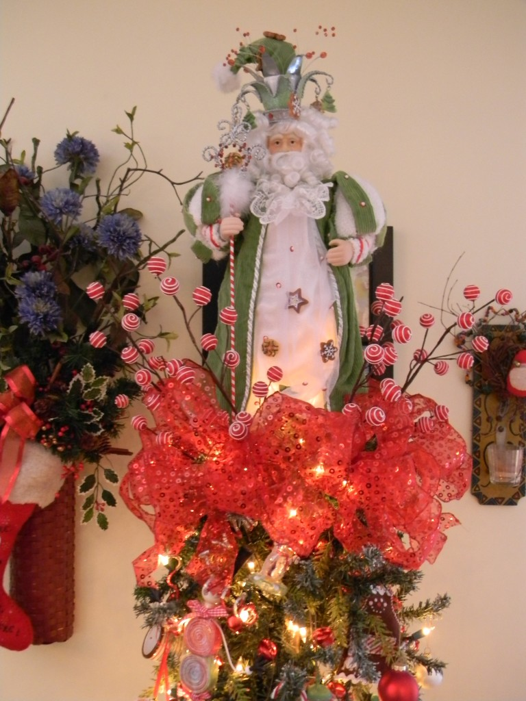 JAZZING Up Your Tree With A Decorative Christmas Tree