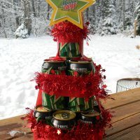 BEER & POP CAN CHRISTMAS TREE GIFT!
