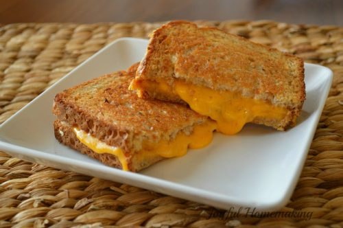 https://joyfulhomemaking.com/2014/04/grilled-cheese-oven.html