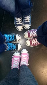 Most of the kids in this family wore Converse sneakers!!!
