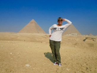 Having a little rest on the Khufu Pyramid.