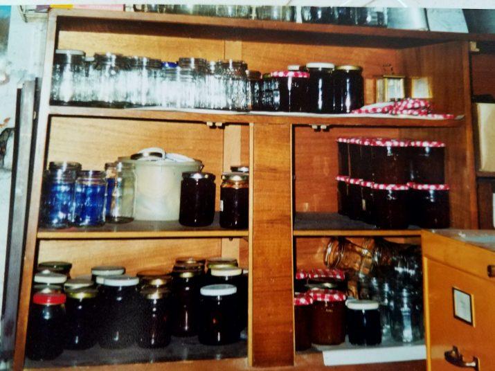 old kitchen 3