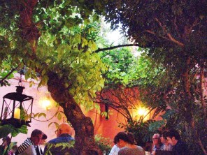 A warm night and a lovely patio restaurant, Sevilla.