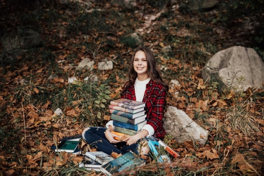 Molly-Senior75.jpg