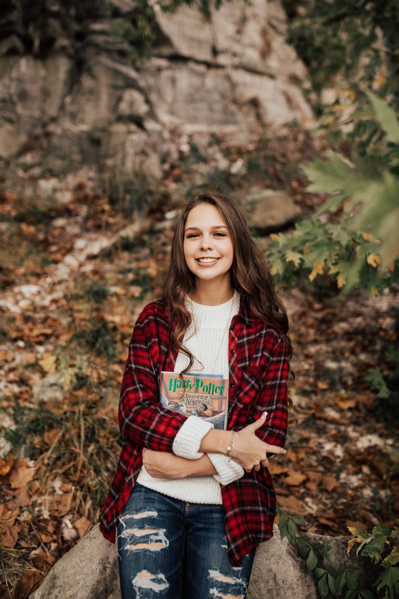 Molly-Senior91.jpg