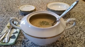 Creamed-Cauliflower,-Potato-&-Leek-Soup