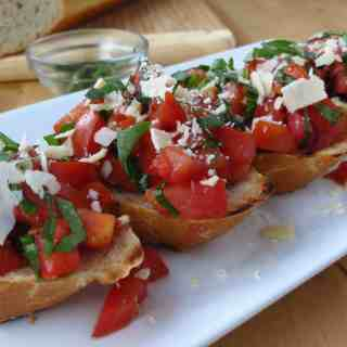 Bruschetta with Tomatoes, Basil and Balsamic Vinegar