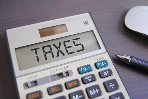 ネットカジノの儲け金に掛かる税金の計算