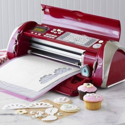 How the Cricut Cake Machine is Different from the Cricut Expression