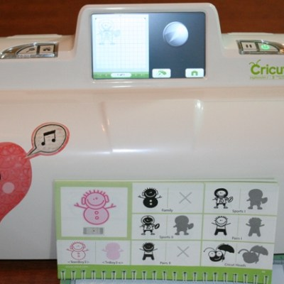 Cricut Expression 2 Car Vinyl Football Player & GIVE AWAY