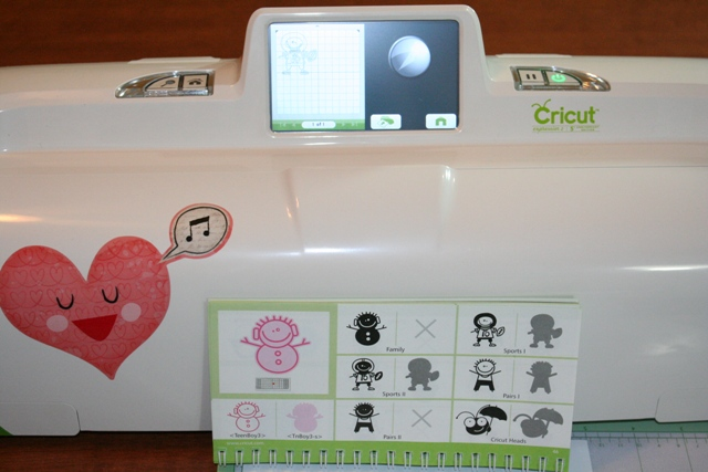 Cricut expression 2 car vinyl football player give away