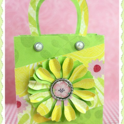 Make a Sturdy Floral Gift Bag with a Bottle Cap Center