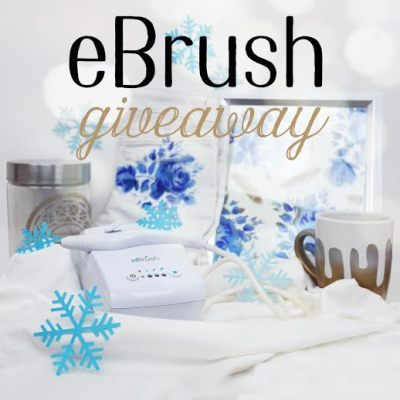 eBrush Giveaway & Joy Christmas Tag #craftwell #eBrush #airbrush #Christmas #craft #giveaway