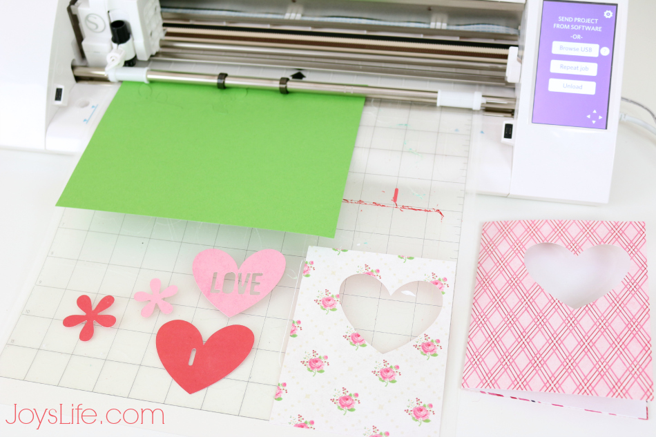 Valentines Day Card with Epiphany Crafts #EpiphanyCrafts #ValentinesDay #SilhouetteCameo #SVGCuts #card