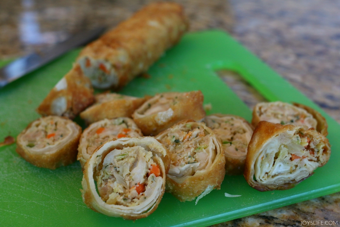 sliced egg roll