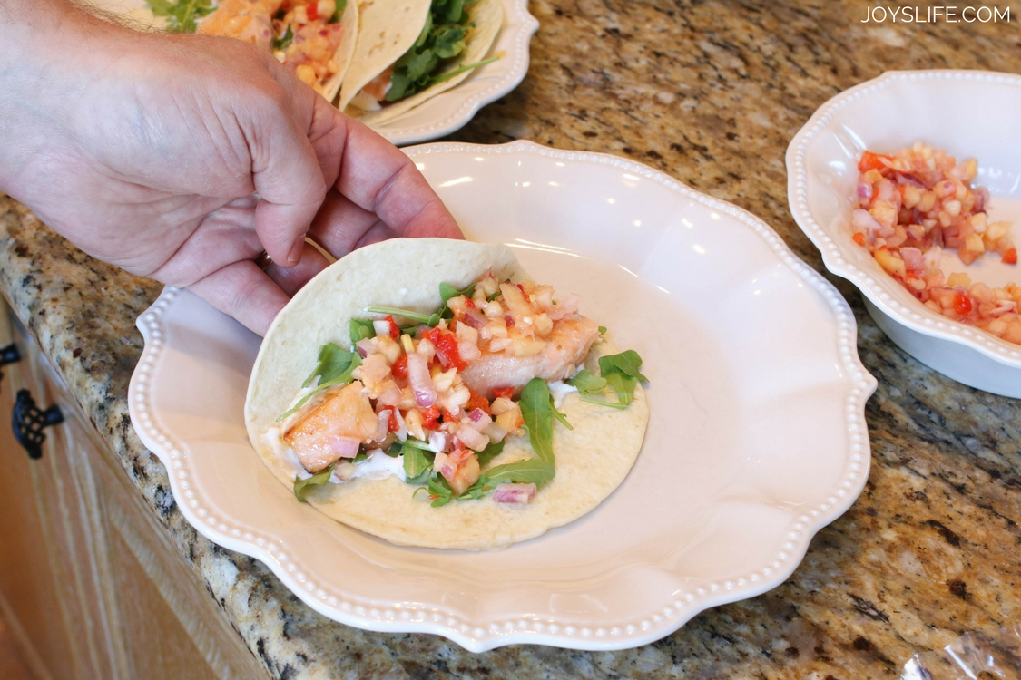 salmon taco serving plate