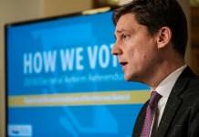 데이빗 이비, 선거제도 개정 주민투표 발표