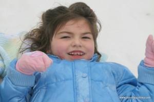 Elli snowsledding