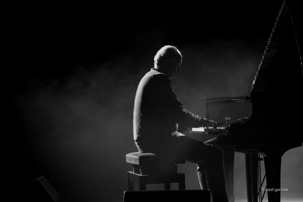Australian experimental jazz trio The Necks by Jozef Garcala London Music Photographer