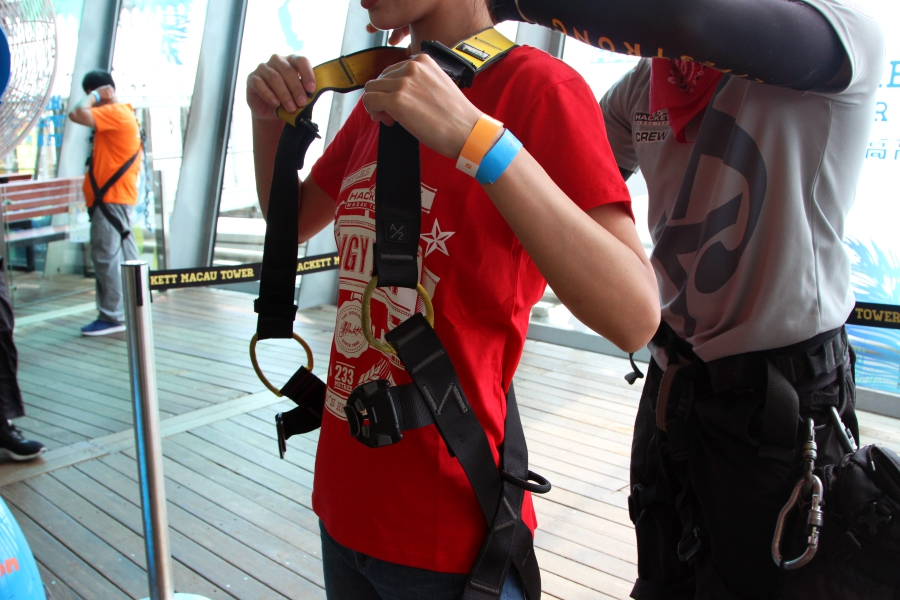 asia macau tower bungy jump experience report 17908 IMG 7089