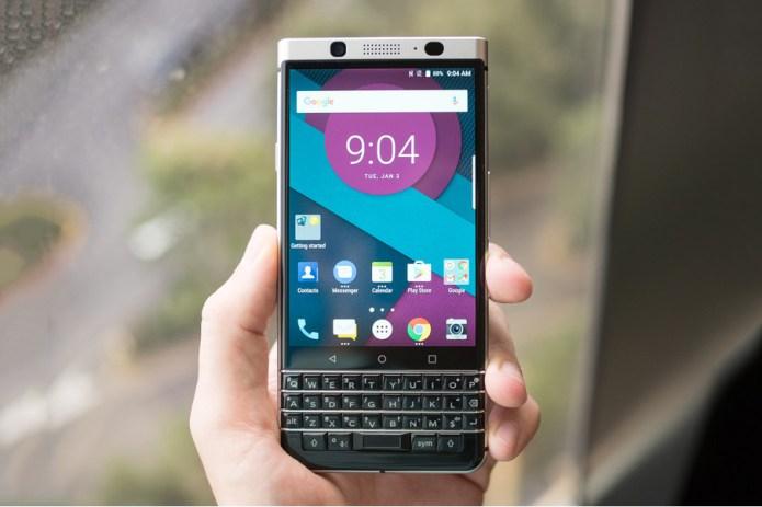 """物理QWERTYキーボード搭載の BlackBerry の新型スマートフォン """"Mercury"""""""