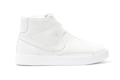 真っ白な NikeLab Blazer ADVNCD