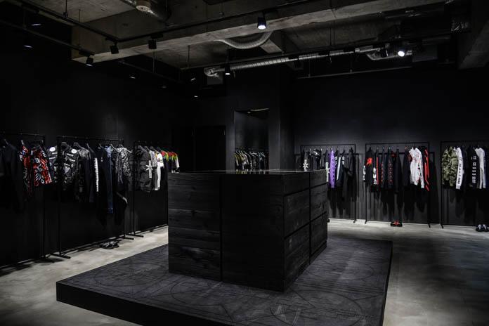 Marcelo Burlon による国内初の期間限定コンセプトストアの店内を独占公開