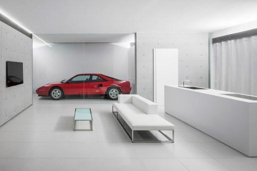 窪田建築アトリエが設計を担当した、ミニマリストが夢見るコンテンポラリーハウス