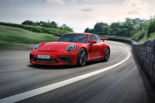 Porsche がサーキット走行にも適した最新型「911 GT3」を発表