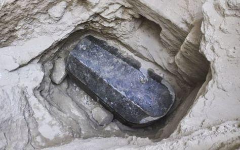 © 写真: Facebook/ Ministry of Antiquities وزارة الآثار