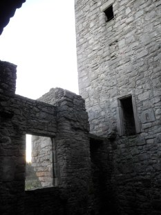 14_JPC_WEB_Edinburgh_Craigmillar_081