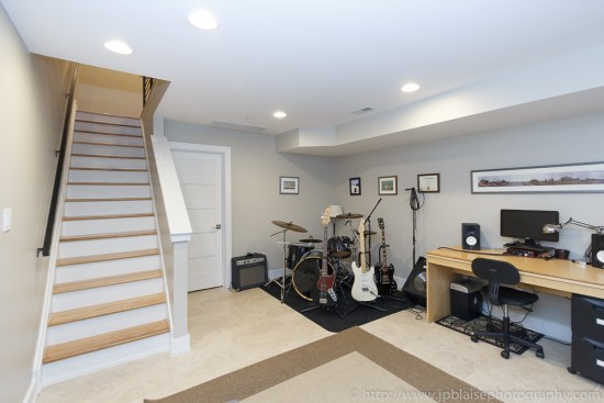 Apartment photographer work: finished basement
